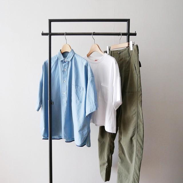 Traditional トラディショナル フロントポケットTシャツとTICCAティッカ 別注袖スクエアビッグシャツプルオーバーとMADISON BLUEマディソンブルー FATIGUE PANTS
