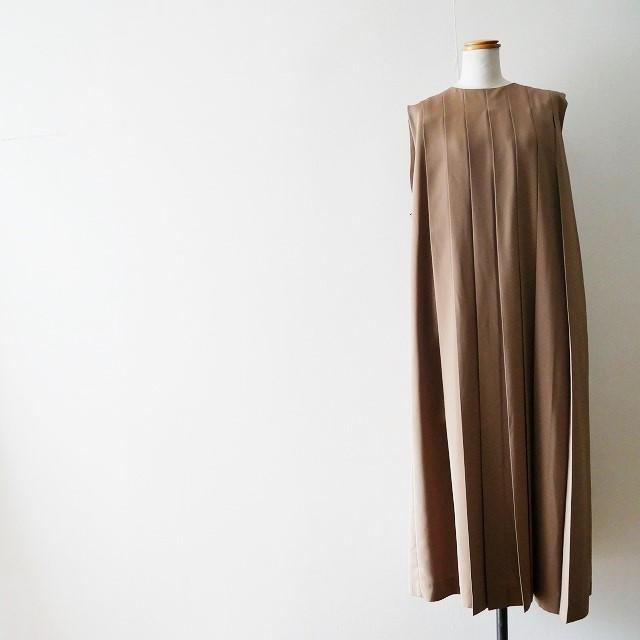 HYKEハイク PLEATED SLEEVELESS DRESS ドレス ワンピース 2018 (6)