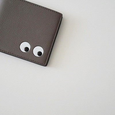 ANYA HINDMARCH 二つ折り財布